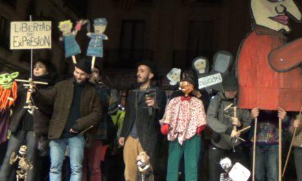 """La CNT de Sabadell exigeix l'arxivament total del cas dels """"Títeres desde Abajo""""."""